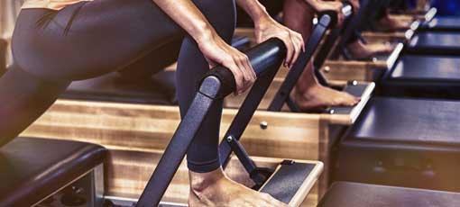 Dank Fernlehrgang Pilates neue Berufswege einschlagen!